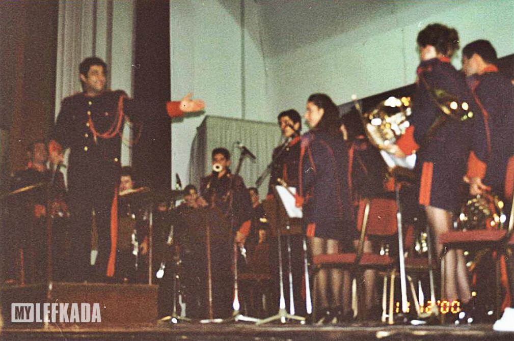 fel 2001 - 2