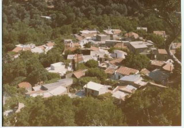 Το χωριό από τον Κούμαρο