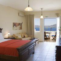 Πωλούνται έπιπλα ξενοδοχείου, λόγω ανακαίνισης